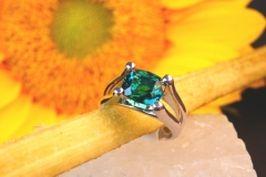Bague tourmaline verte, or blanc 18K