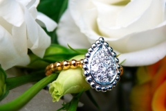 Bague pavée de diamants, or rose et or blanc 18K