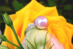 Bague Perle blanche et diamants, or blanc 18K
