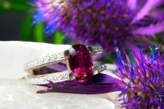 Bague Rubis 2.34ct et diamants, or blanc 18K