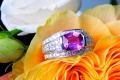 Bague saphir rose 2.42ct et diamants, or blanc 18K