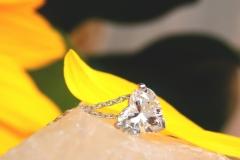 Pendentif diamant taille cœur, or blanc 18K
