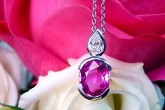 Saphir rose et diamant poire
