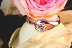 Solitaire diamant, or blanc 18K